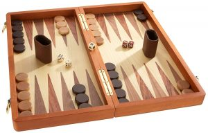 Backgammon aus Holz